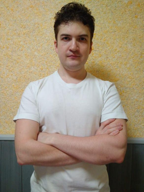 Мастер ручного массажа Евгений Беседин